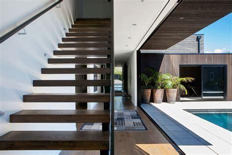 tasteful modern house  auckland  zealand
