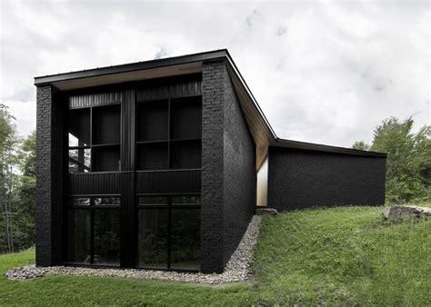 black brick house pin by rodrigo zamora on brick pinterest