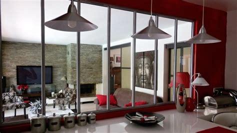 separation salon cuisine quand portes et cloisons jouent la transparence