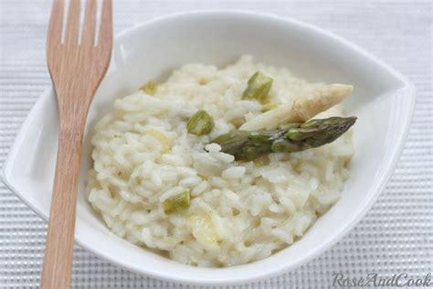 cuisiner asperge blanche risotto aux asperges vertes et blanches recette