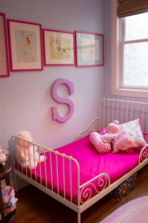 Decorating Ideas For 2 Year Bedroom by Stella And Hazel S Room On Apartment Therapy Design