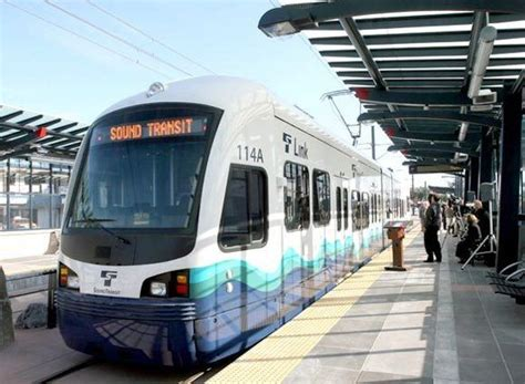 seattle light rail seattle light rail images