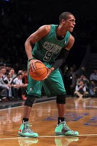 Rajon Rondo Making Move to Anta Chinese Shoe Company