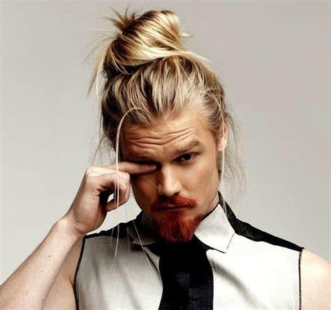 haare blond färben mann 1001 ideen zum thema langhaarfrisuren m 228 nner trends langhaarfrisuren haare m 228 nner und