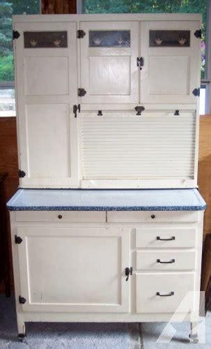 mcdougall kitchen cabinet mcdougall hoosier cabinet oak painted white flour sifter 4043