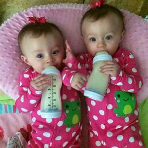 My Identical twin baby girls | We Heart It