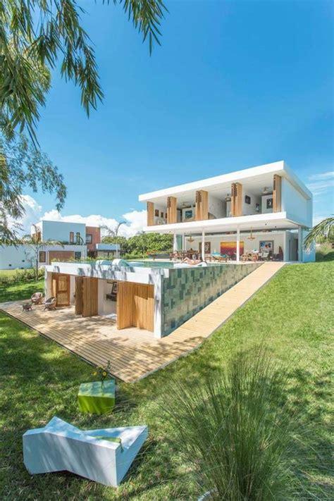 Deco in 5,0 (1) developer rumah hunian khusus jl. Deco Laman Tepi Rumah - Taman Mini Di Rumah Teres - Idea ...