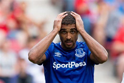 Dominic Calvert-Lewin hints at change of Everton shirt ...