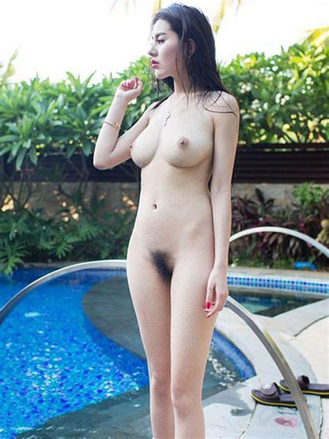 Zhao Wei Yi Nude Beside The Swimming Pool Photos Hernude