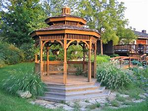 Outdoor decor 15 backyard gazebos that are perfect for for Backyard gazebo