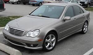Mercedes Classe C 2005 : file 2005 2007 mercedes benz c ~ Medecine-chirurgie-esthetiques.com Avis de Voitures