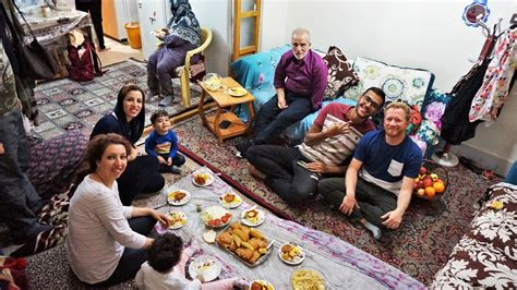 Couching Surf by A Beginner S Guide To Couchsurfing In Iran Travels Of A