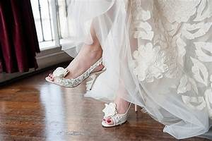 wedding top tips choosing your bridal accessories With wedding photography accessories