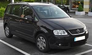 Volkswagen 7 Places : volkswagen touran i la voiture 7 places d 39 occasion qui a du coffre ~ Gottalentnigeria.com Avis de Voitures