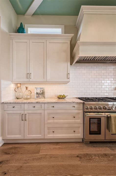 Wire Brushed Oak Cabinets by Beautiful Wire Brushed Oak Floors White Cabinets
