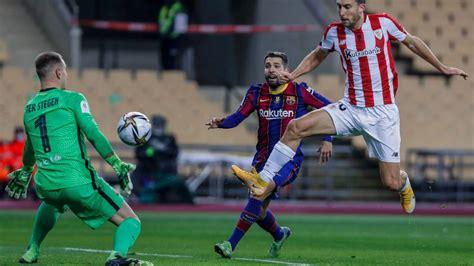 Messi Red Card For Barcelona : Cristiano Ronaldo Edges ...