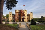 Indulge in Autumn Walks at Hever Castle