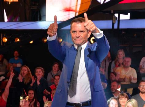 celebrity big brother 2016 grant bovey first housemate