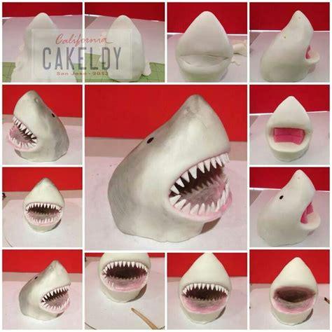 pin  bianca de vos  cake decorating fondant shark