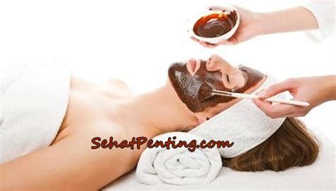6 manfaat masker coklat untuk wajah dan cara membuatnya
