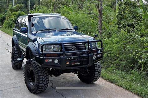 siege toyota hilux 17 best ideas about land cruiser 80 on land