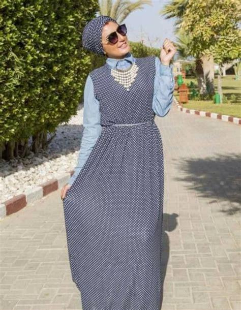 polka dots dress hijab turban style hijab spring
