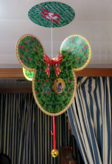 disney cruise celebrate  decorate  stateroom  style