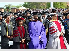 Graduation Pictures Hampton University – Hampton Roads