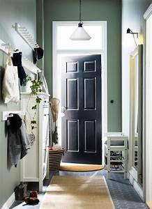 Kleiner Kleiderschrank Mit Spiegel : ein kleiner flur mit einer schuhbank einem spiegel einem schuhschrank und kubbis leisten mit 3 ~ Bigdaddyawards.com Haus und Dekorationen