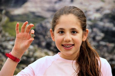 12 Year Old Israeli Girl Discovers Ancient Egyptian Amulet