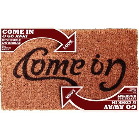 come in doormat ambigram doormat come in go away homeware zavvi