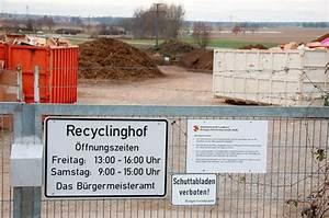 öffnungszeiten Recyclinghof Freiburg : bad krozingen gr nschnitt muss in den gewerbepark tage des recyclinghofes sind gez hlt ~ Orissabook.com Haus und Dekorationen