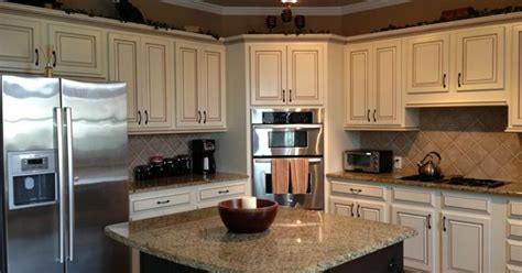 how do kitchen cabinets last my kitchen at last painted maple cabinets antique 8452
