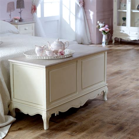 shabby chic bedding box cream country blanket box storage shabby chic distressed linen towel bedroom