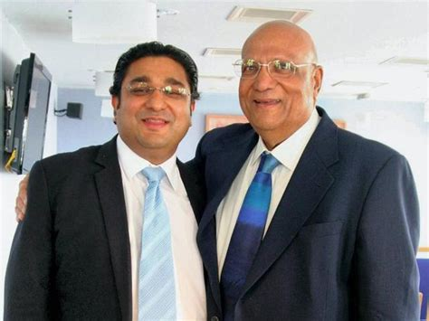 Lord Swraj Paul's Son Plunges To Death From London
