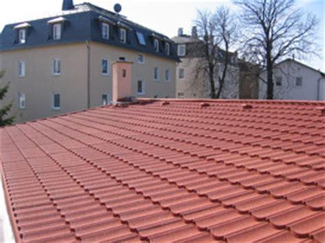Dachsteine Die Guenstigere Alternative by Leichte Dacheindeckung Schau Unter Die Haube