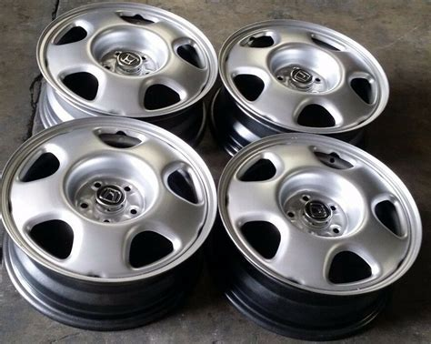 17 Inch Honda Cr-v Factory Oem Steel Wheels Rims 17x6 1/2