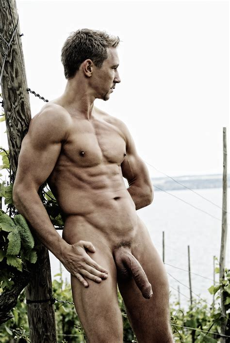 Daily Male Nude Of The Day 141207 03 Daily Male Nude
