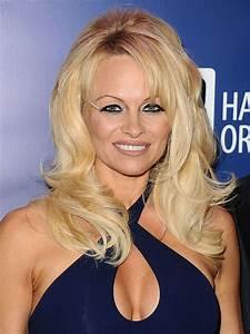 Pamela Anderson X : pamela anderson i don 39 t want to chase youth i want to get old american superstar magazine ~ Medecine-chirurgie-esthetiques.com Avis de Voitures