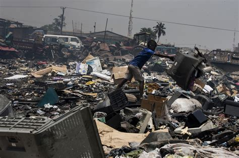 fate  electronic waste photo journal wsj