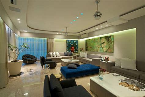 Home 2 Decor Mumbai : An Art-filled Contemporary Executive Apartment In Mumbai