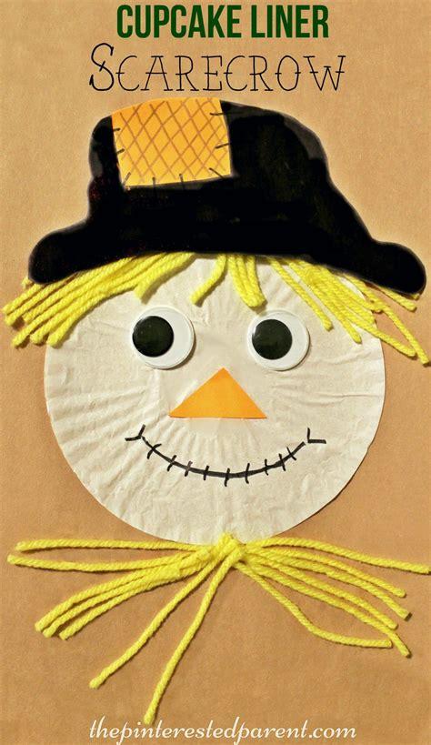 cupcake liner scarecrow cupcake liner fall crafts 241 | 78d599f0c75dd14337ca52eec8ee3f2c