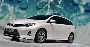 Toyota Auris Break Hybride : toyota auris touring sports break compact et hybride ~ Medecine-chirurgie-esthetiques.com Avis de Voitures