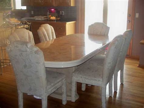 unique kitchen table and chairs