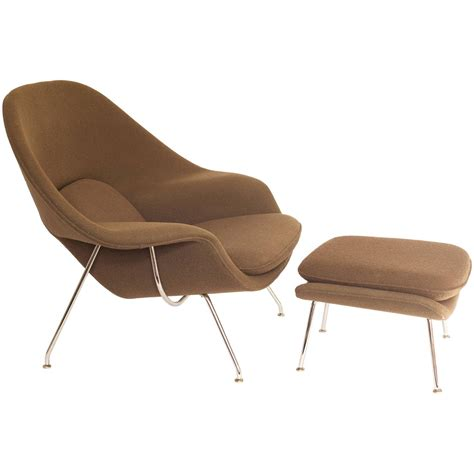 eero saarinen womb chair and ottoman produced by knoll for