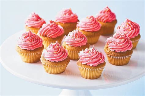 dairy  strawberry  vanilla cupcakes