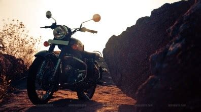 Tvs Classic 4k Wallpapers by Royal Enfield Classic 350 Hd Wallpapers