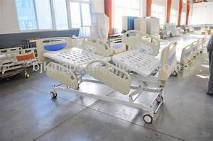 3 Crank Manual Hospital Bed With Pneumatic Side Rails