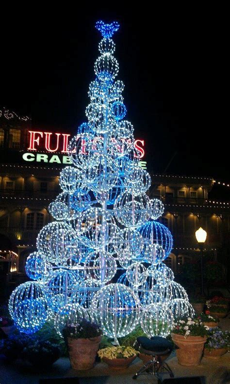 20 best images about downtown disney orlando on pinterest disney christmas trees and shopping