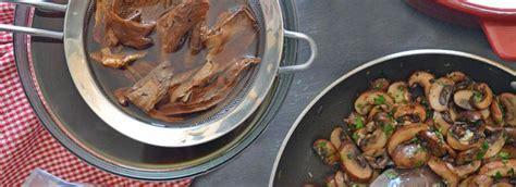 Funghi Chiodini Come Si Cucinano by Come Cucinare I Funghi Misya Info